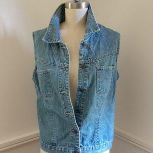 ☘️VINTAGE Look☘️StJohn's Bay Denim Jacket or Vest
